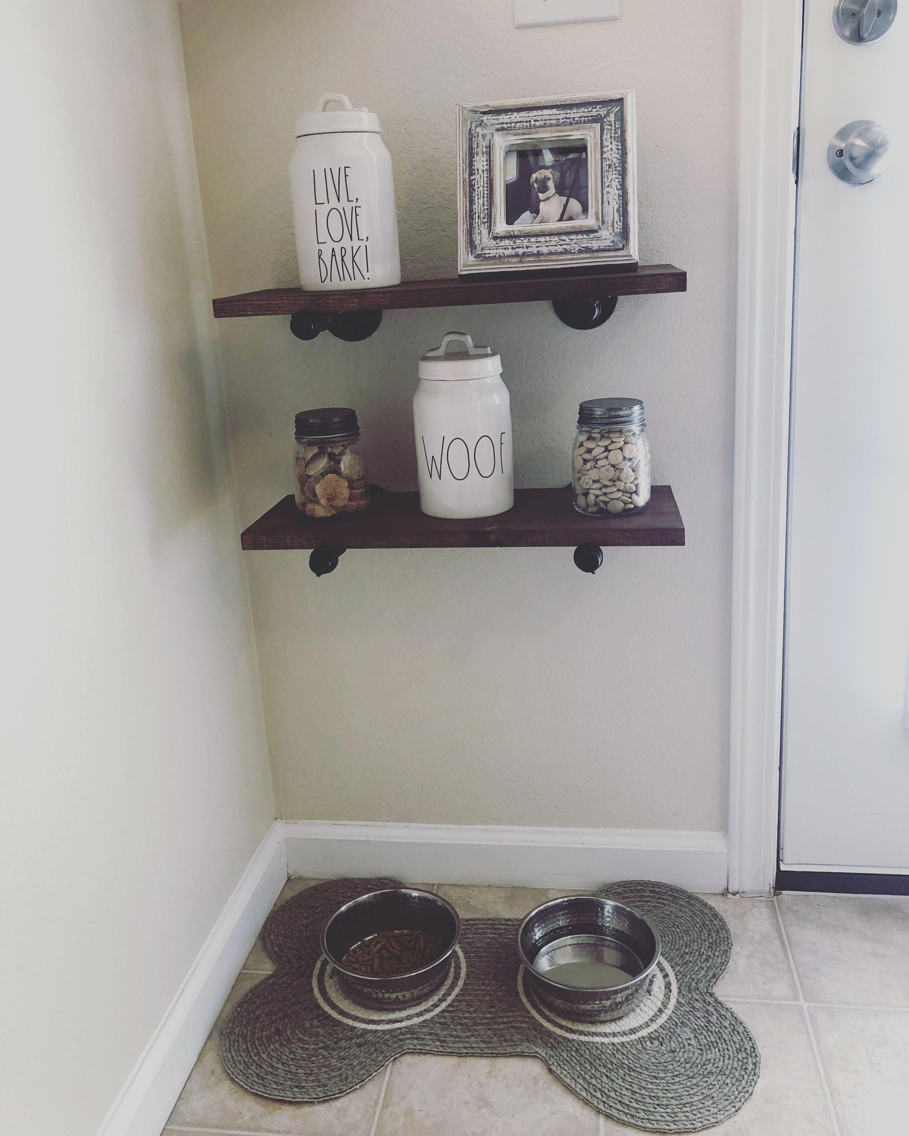 Dog Areas In Apartments Small Spaces Dogareasinapartmentssmallspaces Home Puppy Room Dog Rooms
