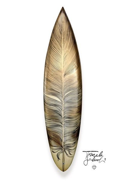 Feather Surfboard / Tomek Sadurski Wow! That's the best surf design ever!!!