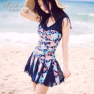 Buy Goldlyre Floral Swimsuit at YesStyle.ca! Quality products at remarkable prices. FREE SHIPPING to Canada on orders over CA$45.