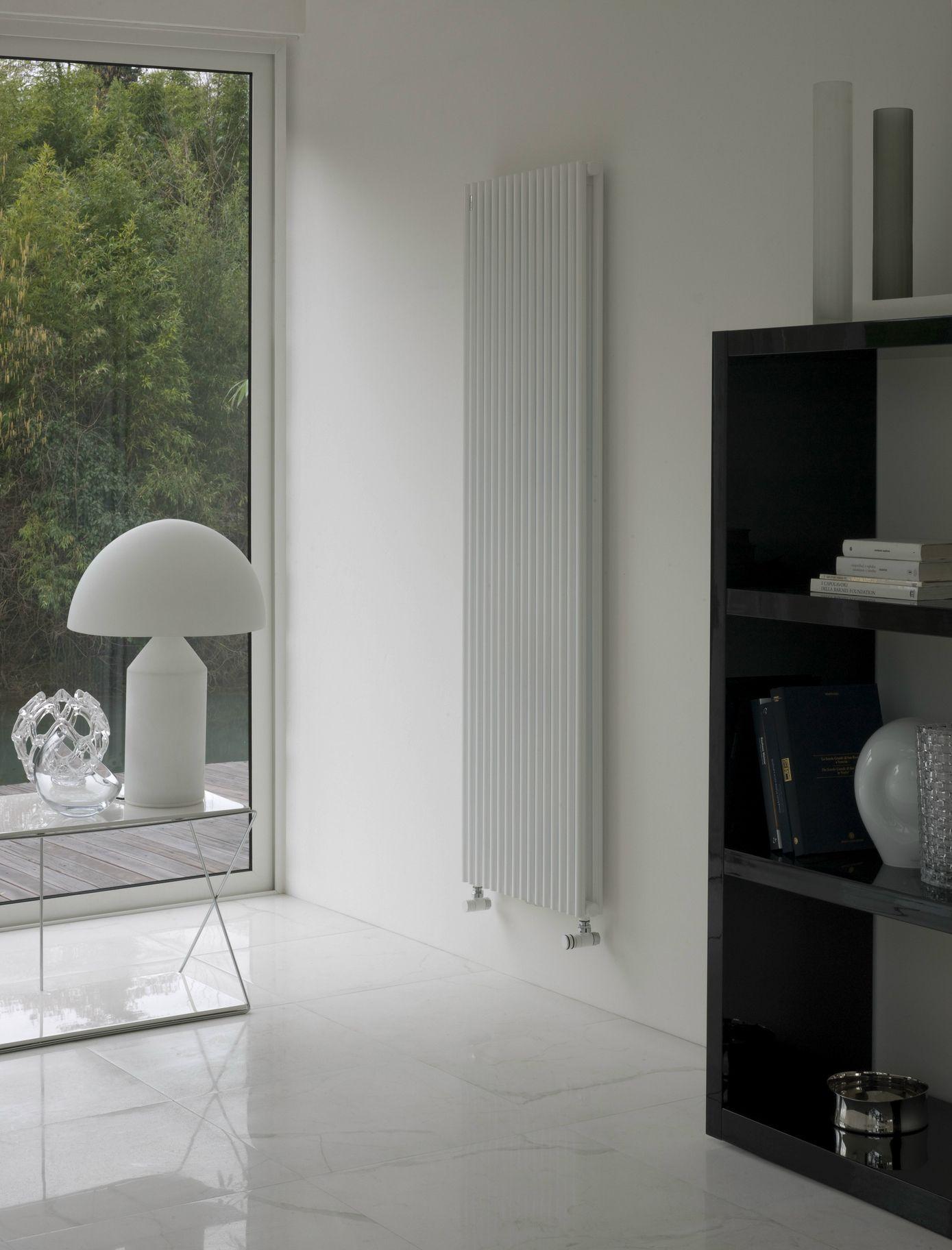 Termoarredo Da Salotto Prezzi termoarredo verticale a parete basics 25 collezione basics