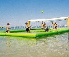 water volleyball... i would LOVE this.
