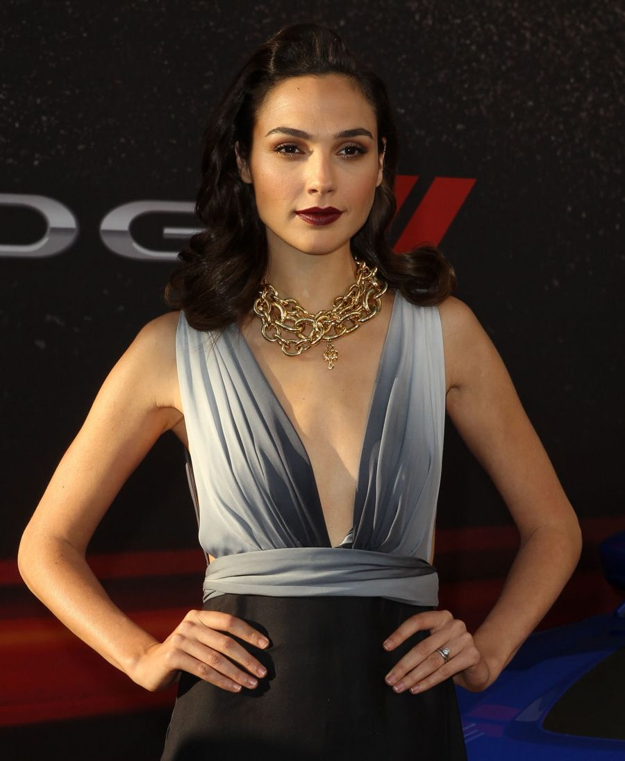 Israeli Actress Gal Gadot Cast As Wonder Woman  Casting -2549