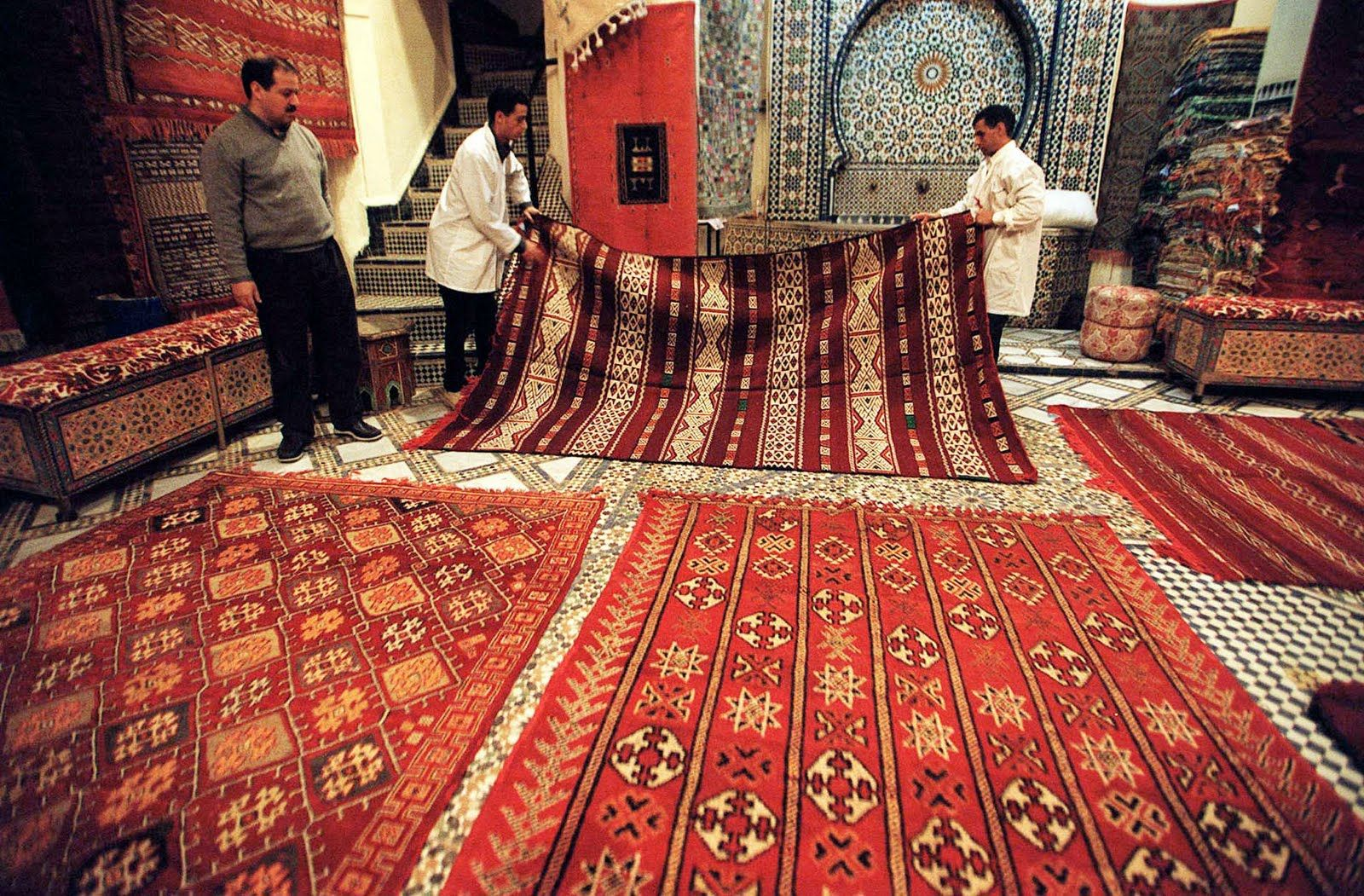 Arabic Carpets The View From Fez Buying Moroccan Carpets In Fez Moroccan Carpets Morocco