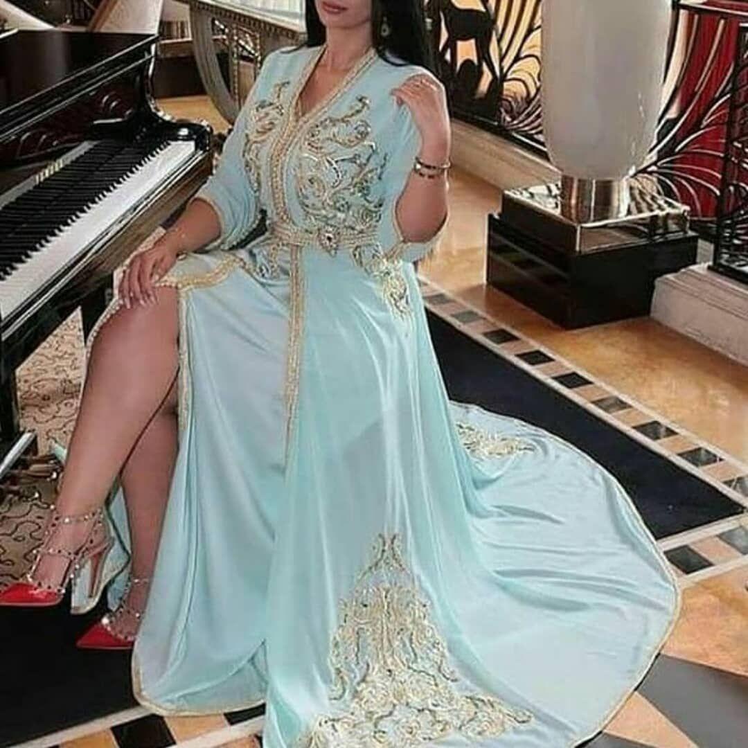 27 Likes 4 Comments قفطان مغربي للطلب Caftankarima On Instagram الكويت دبي الامارات السعودية ا Moroccan Fashion Traditional Dresses Moroccan Dress