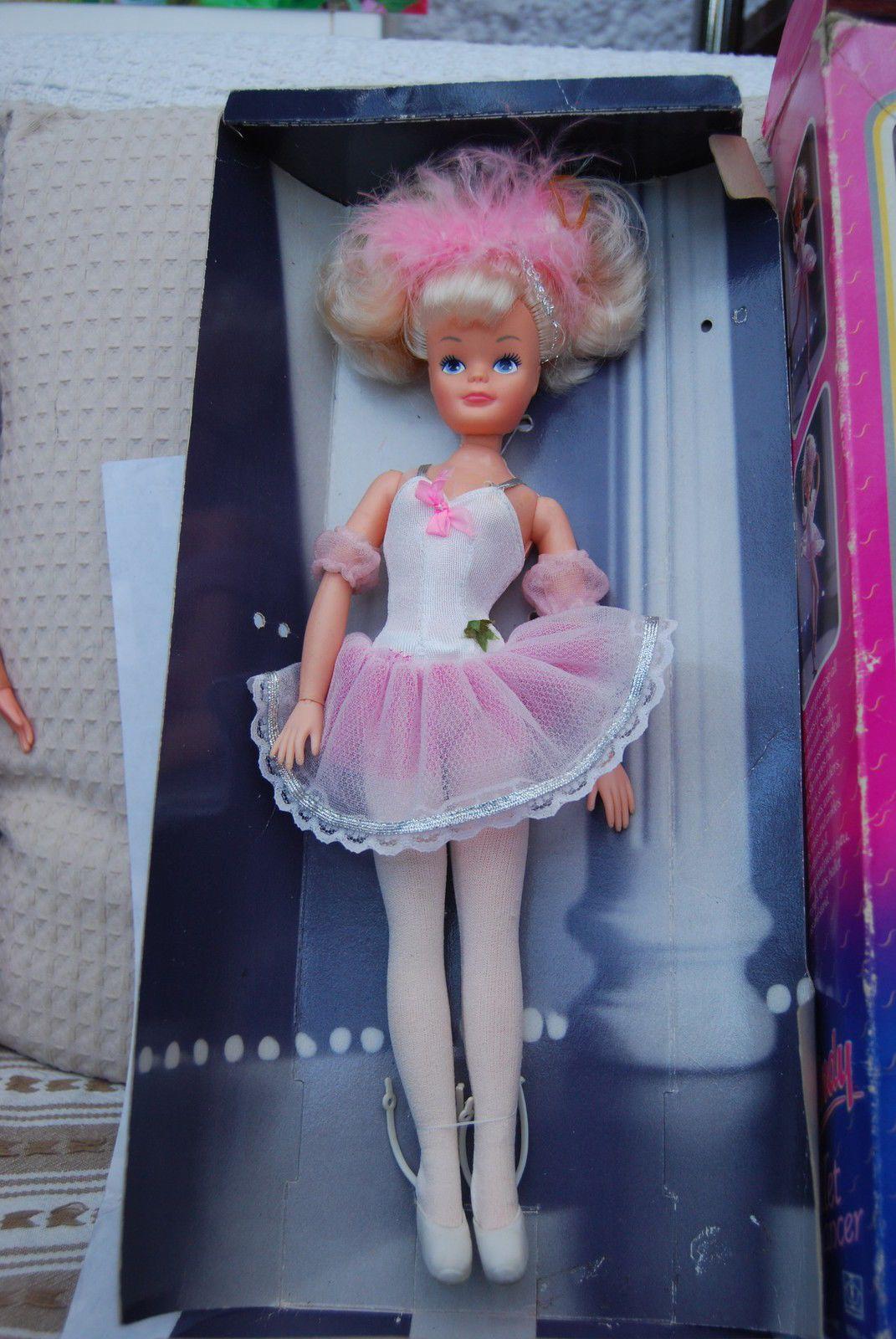 Vintage 1990 Hasbro Sindy Doll - Beautiful Bows BOXED 8076