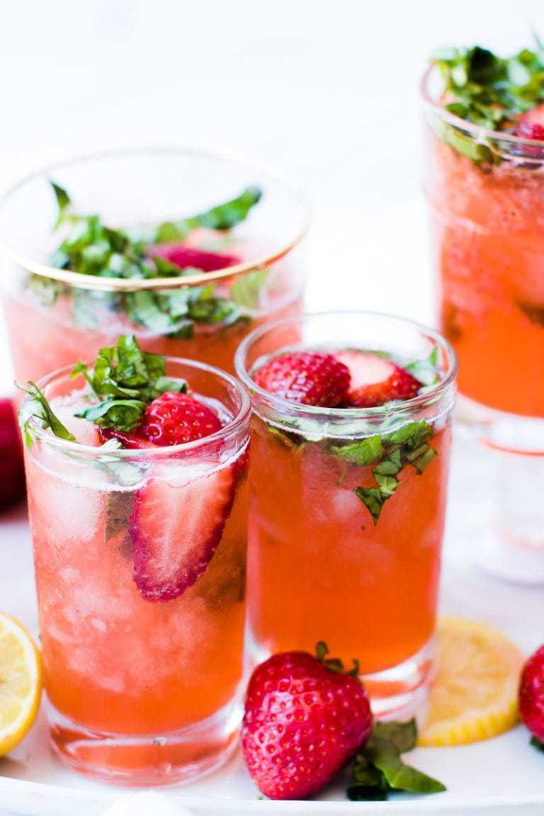 Strawberry Basil Lemonade #homemadelemonaderecipes