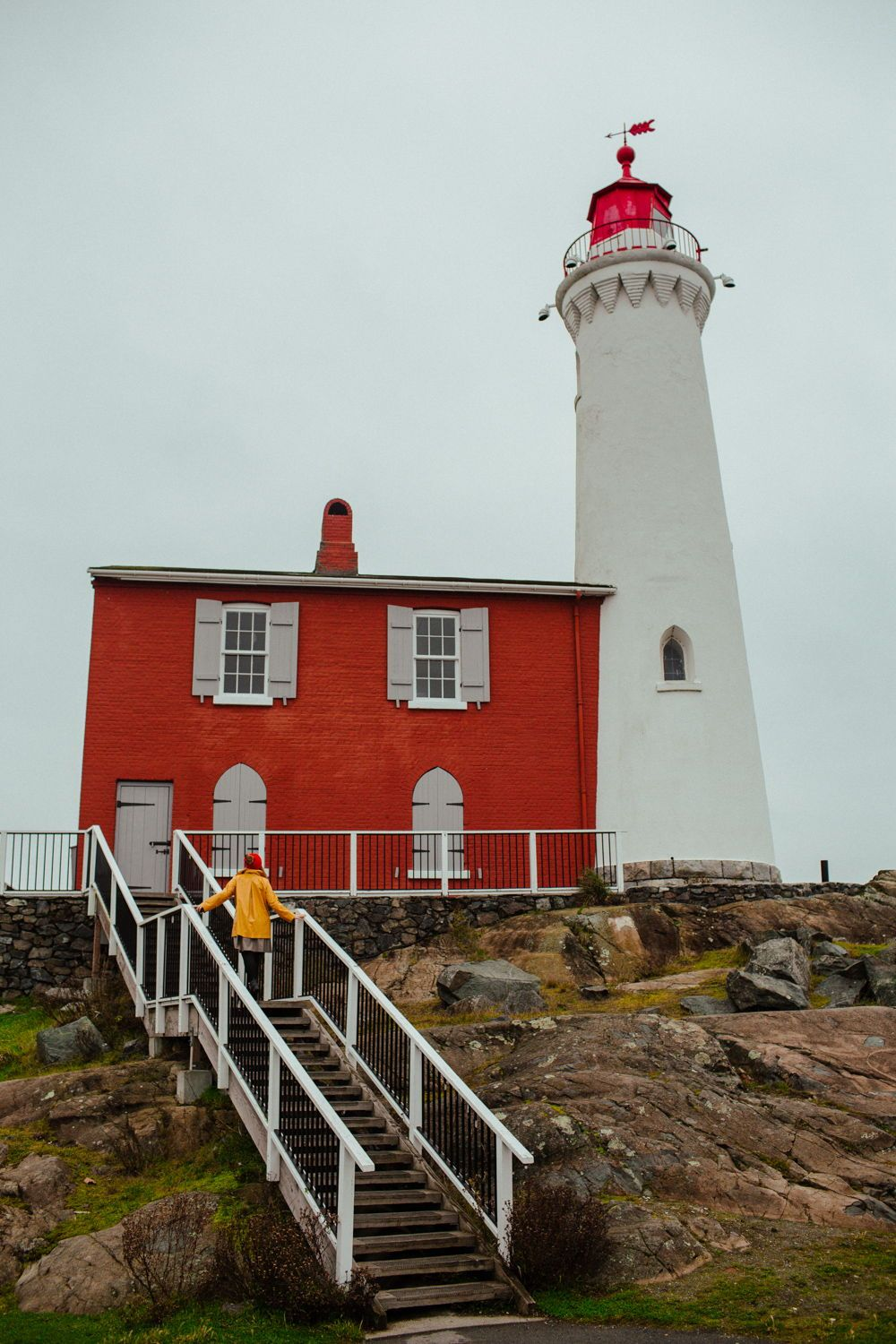Fisgard Lighthouse Everything To Know About This Charming Lighthouse In Victoria Bc In 2020 Craigdarroch Castle Lighthouse Hatley Castle