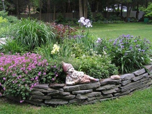 bordure de jardin de pierres décoratives | Jardiner, cultiver ...
