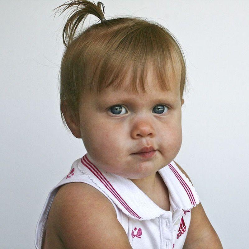 tuto couper cheveux petite fille coupes de cheveux et. Black Bedroom Furniture Sets. Home Design Ideas