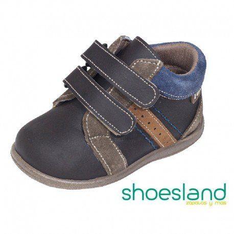 Zapatos marrones infantiles zojt8