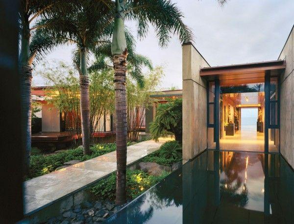 Beautiful Balinese Style House In Hawaii Ocean House Hawaii Homes House Styles