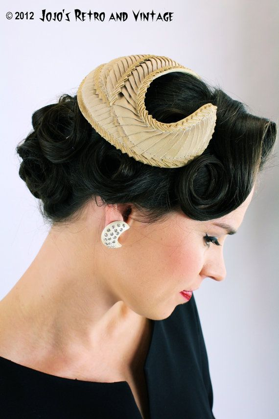 Like your vintage hats 1950 s