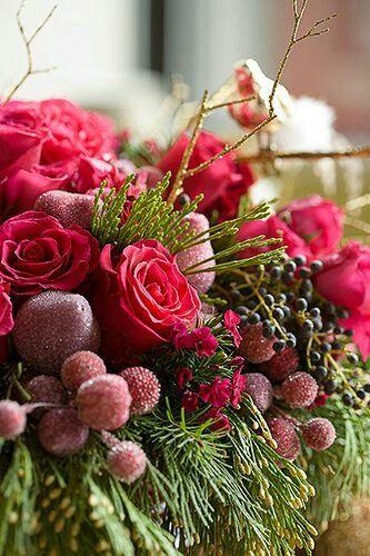 Amazing Christmas flowers arrangement