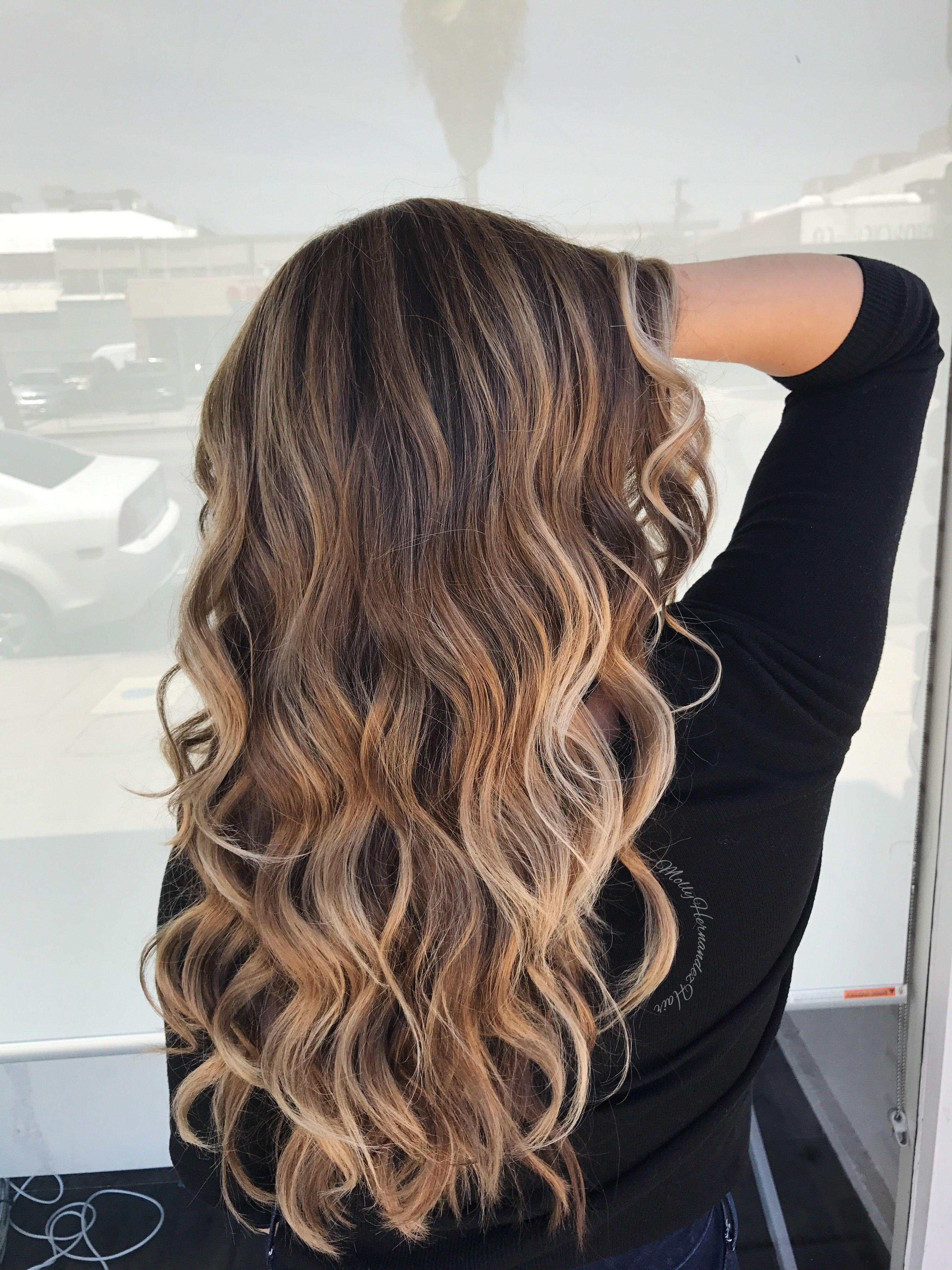 Blonde Balayage Highlights On Brown Hair Bronde Ombre Blonde Balayage Highlights Balayage Straight Hair Blonde Tips