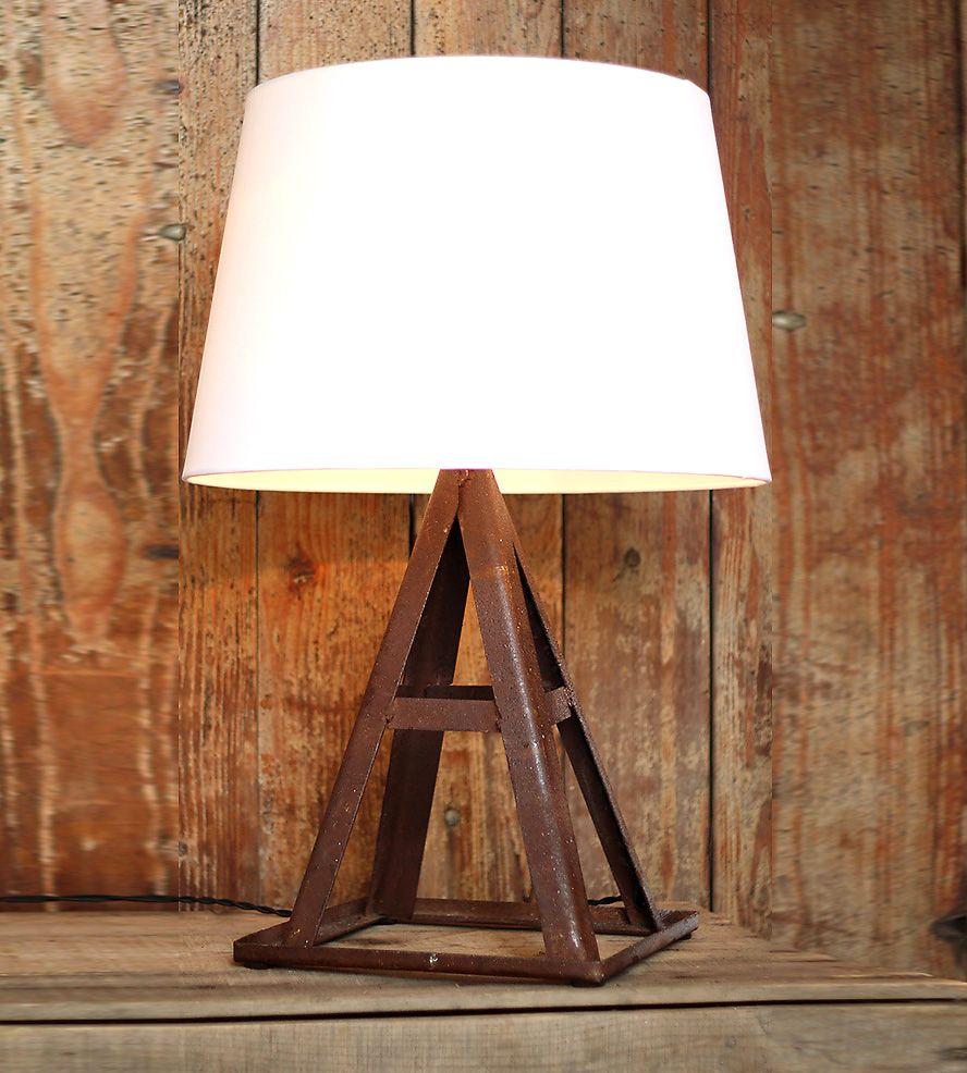 Light Jack Stand: This Vintage Jack Stand Lives A