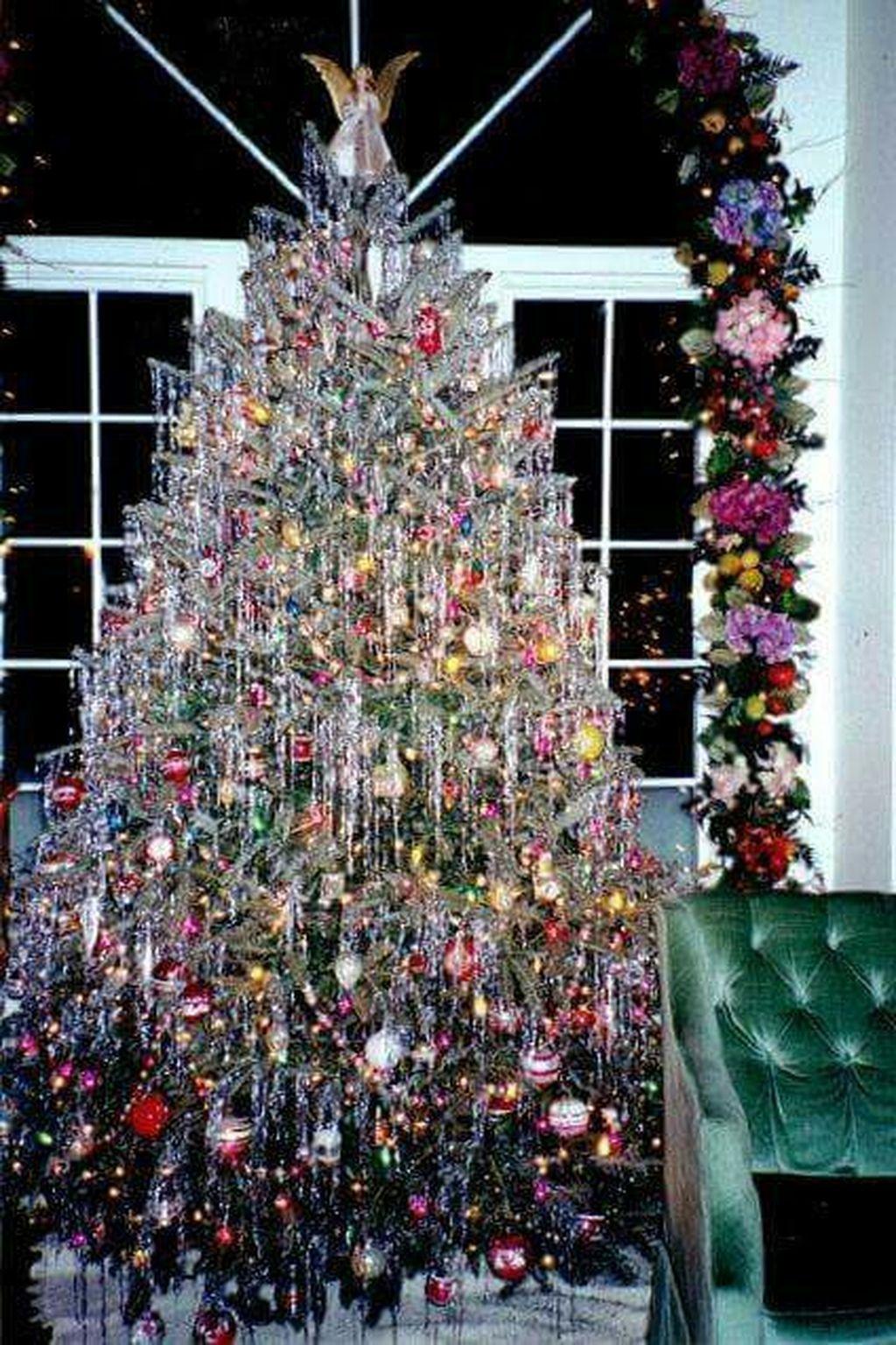 37 Totally Beautiful Vintage Christmas Tree Decoration