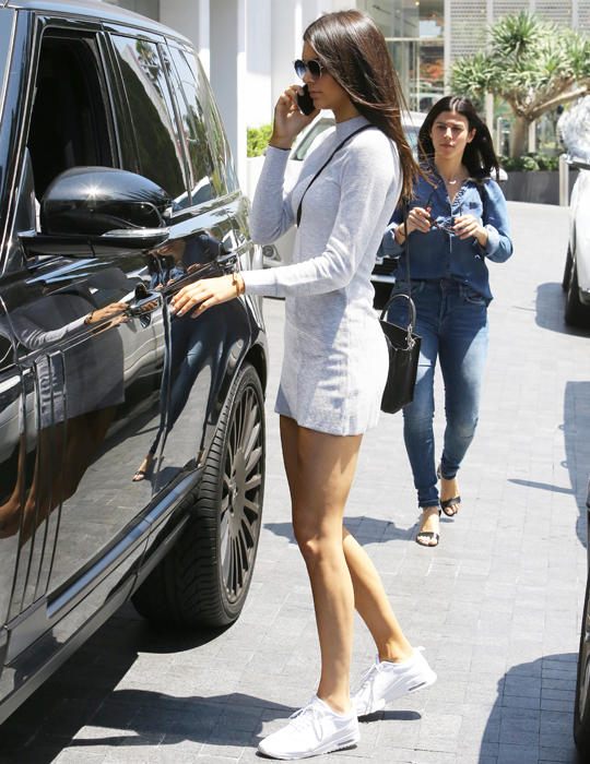 Kendall Nicole Jenner Fashion Style Kendall Jenner Pinterest Outfits Con Tenis Informal Y