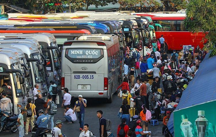 Taxi, xe khách ở TP HCM dừng hoạt động trong 2020 Du lịch