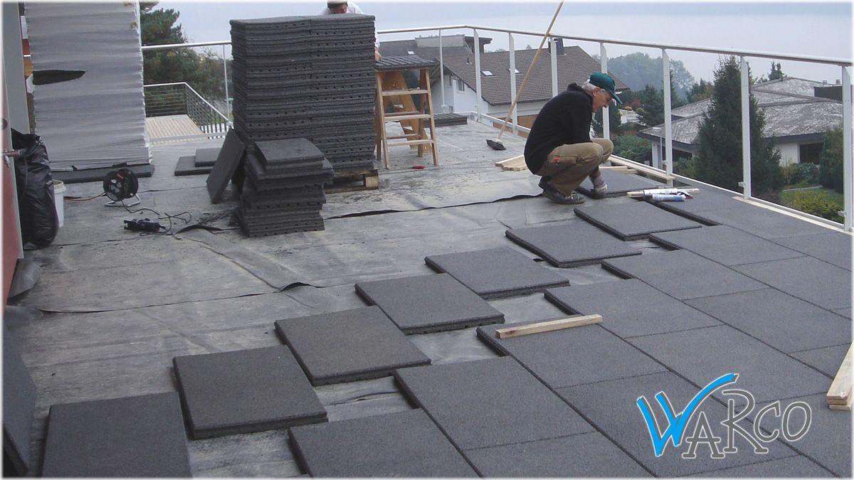 warco terrassenplatten lassen sich einfach auf jedem tragf higen untergrund verlegen n. Black Bedroom Furniture Sets. Home Design Ideas