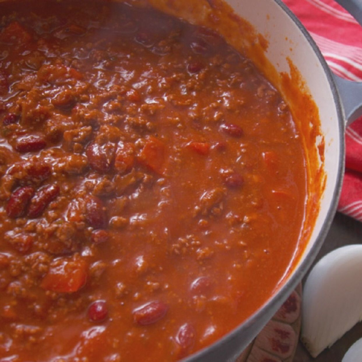 Spicy ThreeMeat Chili Recipe in 2020 Meat chili