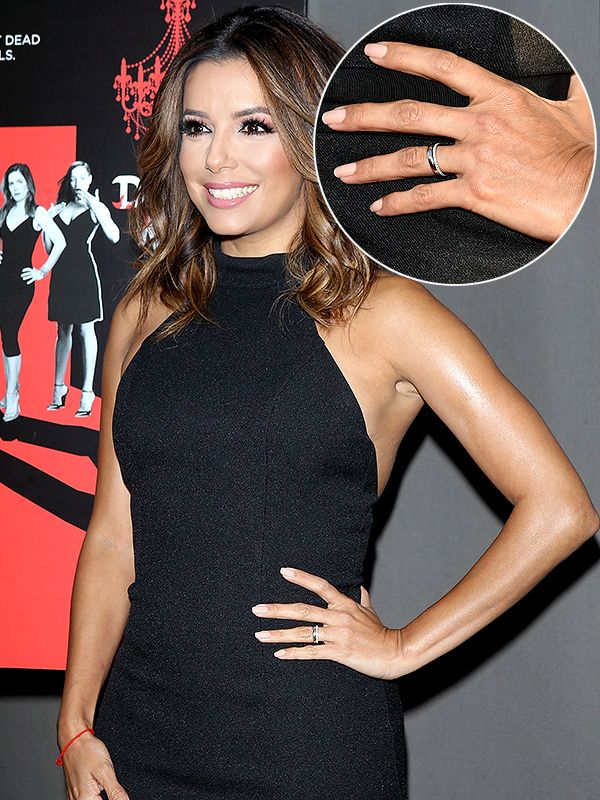 Eva Longoria Debuts Her Wedding Bands Plural Sans Engagement Ring