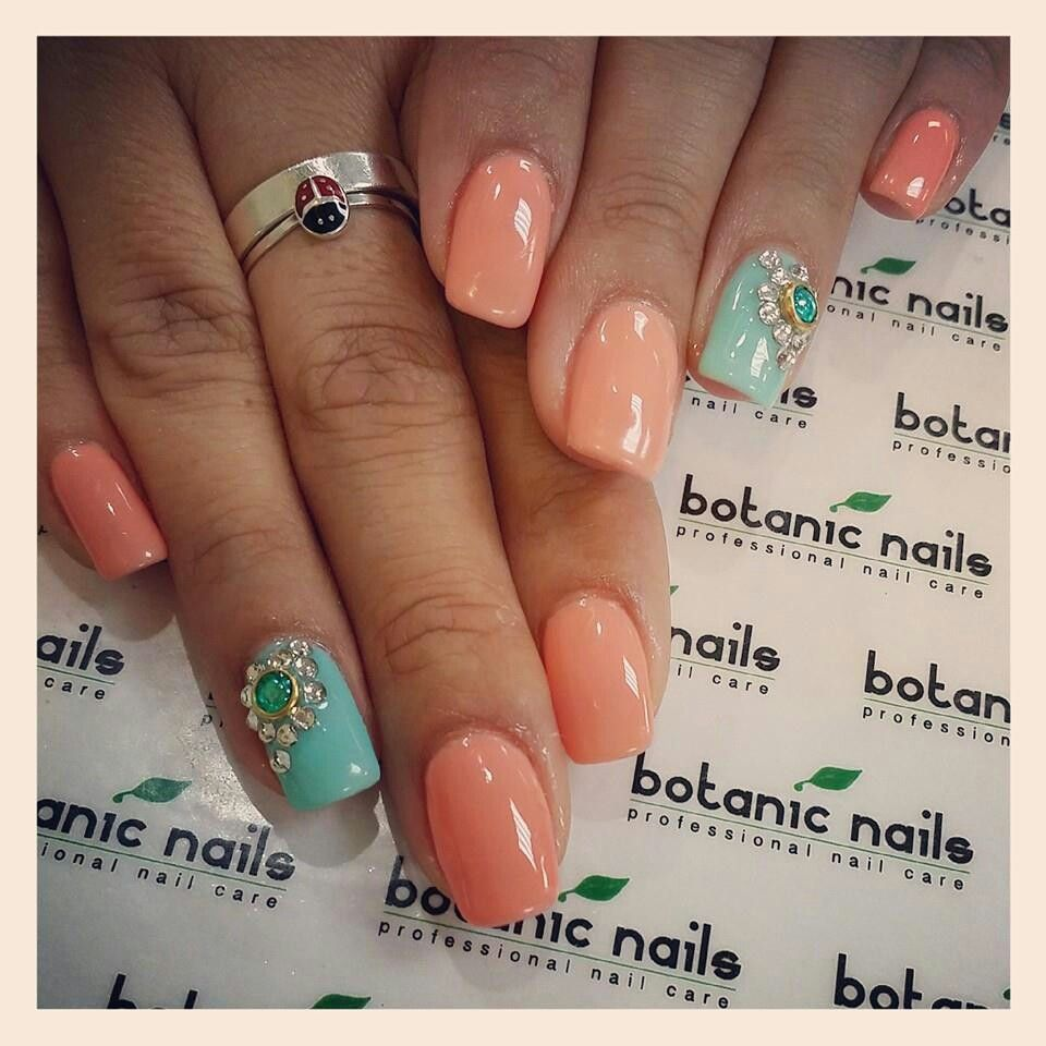 Coral n mint with diamonds | Nails | Pinterest | Nagelschere ...