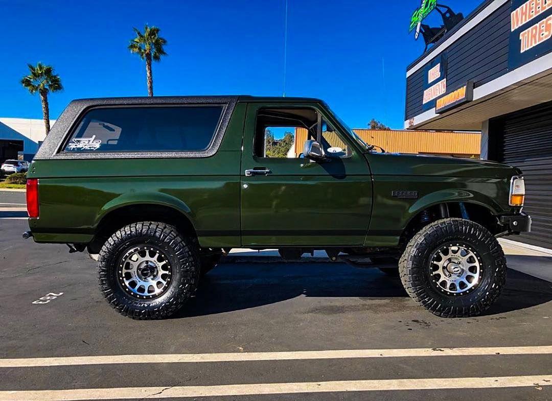 Bronco Brotherhood On Instagram Love The Green And Black Nick619nc Shared This Beauty Bronco Fordbronco Fordtrucks Bu Ford Bronco Bronco Bronco Truck