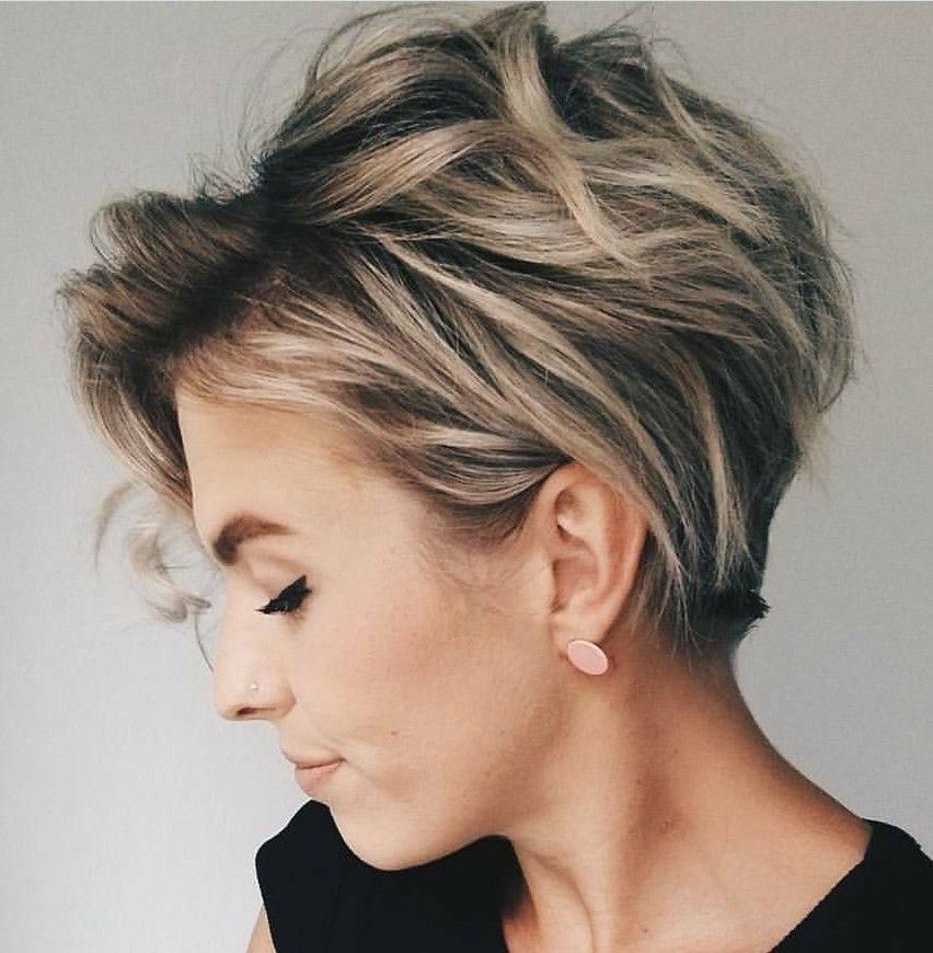 Epingle Par Linda Vermaak Sur Hair Styles Cheveux Courts Coupe Courte Moderne Coupe De Cheveux