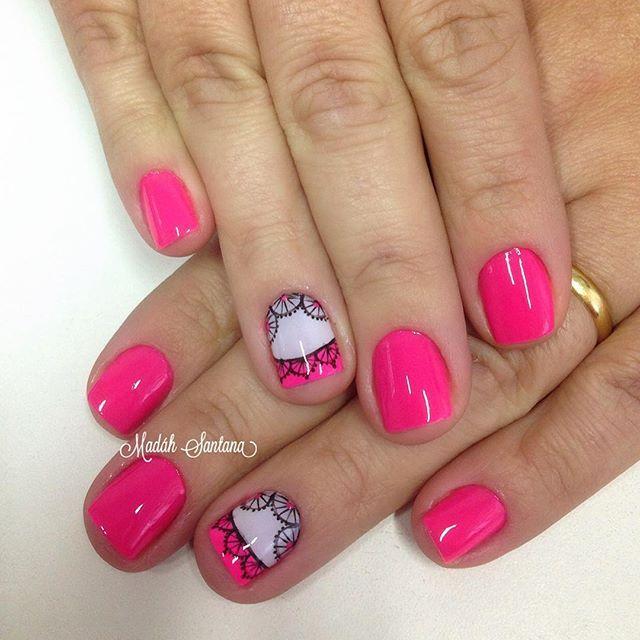 Nails #mimo #pink #filha #unica #rendinha #madáhsantana #manicure #nailartes #naoéadesivo #tudofeitoamaolivre #traçolivre #amooqueeufaço