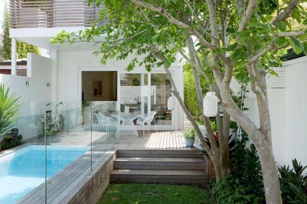 Holzterrasse Pool-Mini Garten-Gestaltung Pool Pinterest - reihenhausgarten und pool