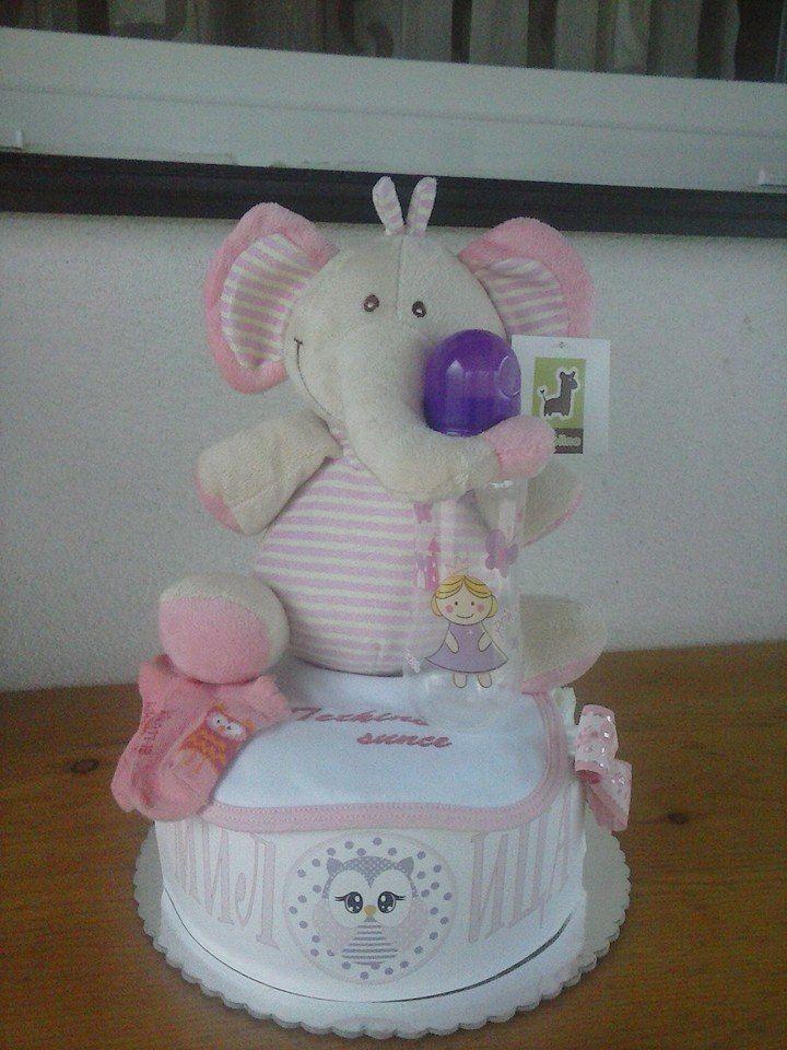 Torte od pelena,za rodjenja,krstenja,rodjendane...Idealan poklon koji nikog n...