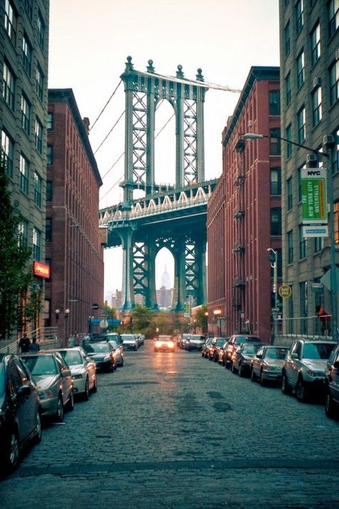 New York City What To Be On This Street And See The Bridge Nyc New York City New York