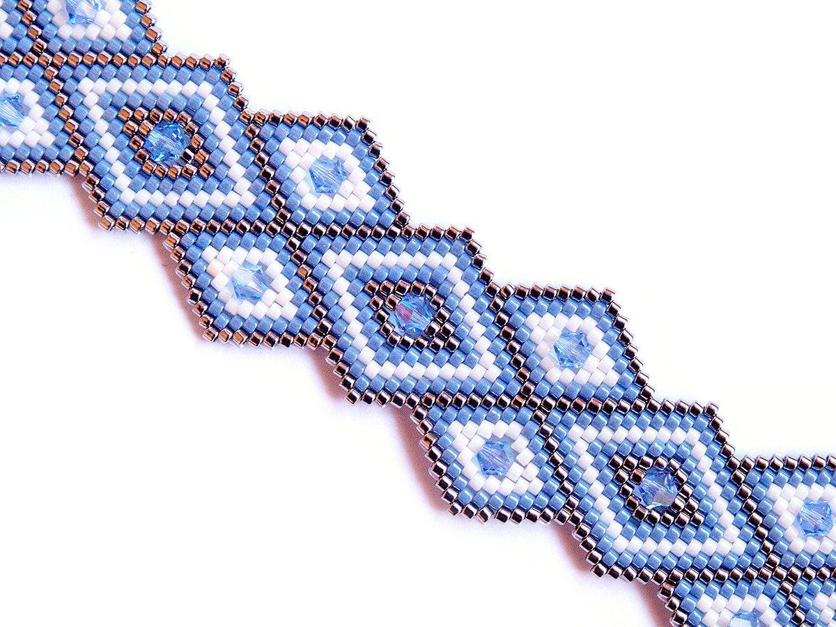 Unique Peyote Bracelet Rhombus Geometric Swarovski by PeyoteArt