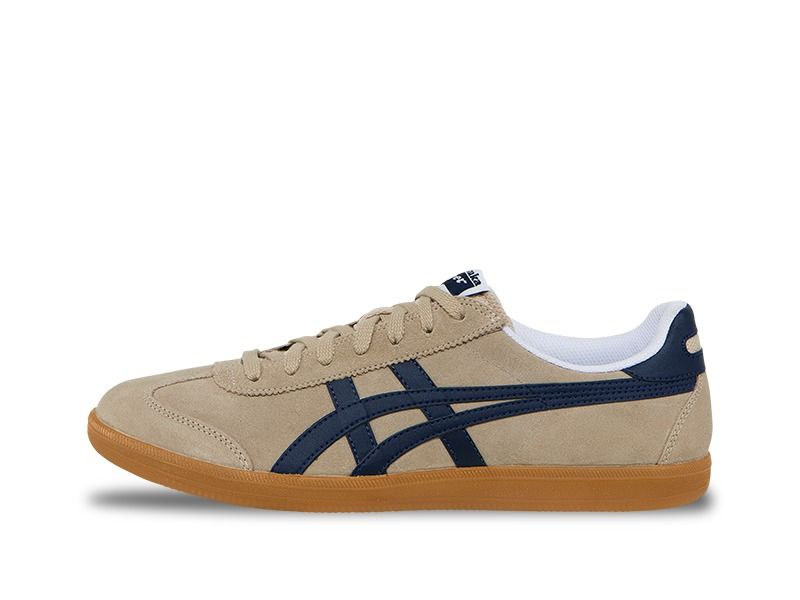 new product c81b2 2a5e0 Tokuten | sneakers. | Addidas shoes pink, Onitsuka tiger ...
