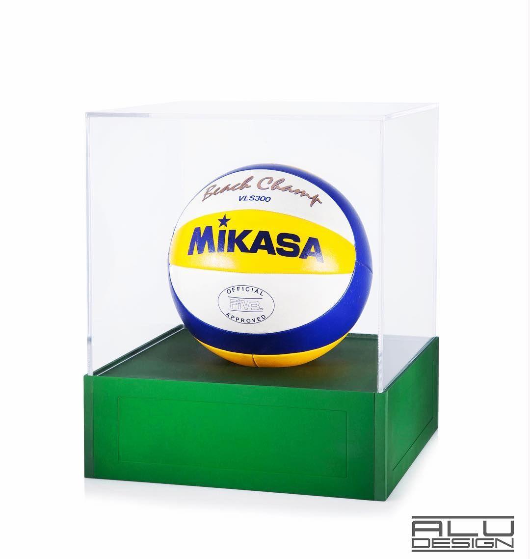 Volleyball Trophy Case Beachvolleyball Rio2016 Olympics Volleyball Voleibol Mikasa Display Case Design Volleyball