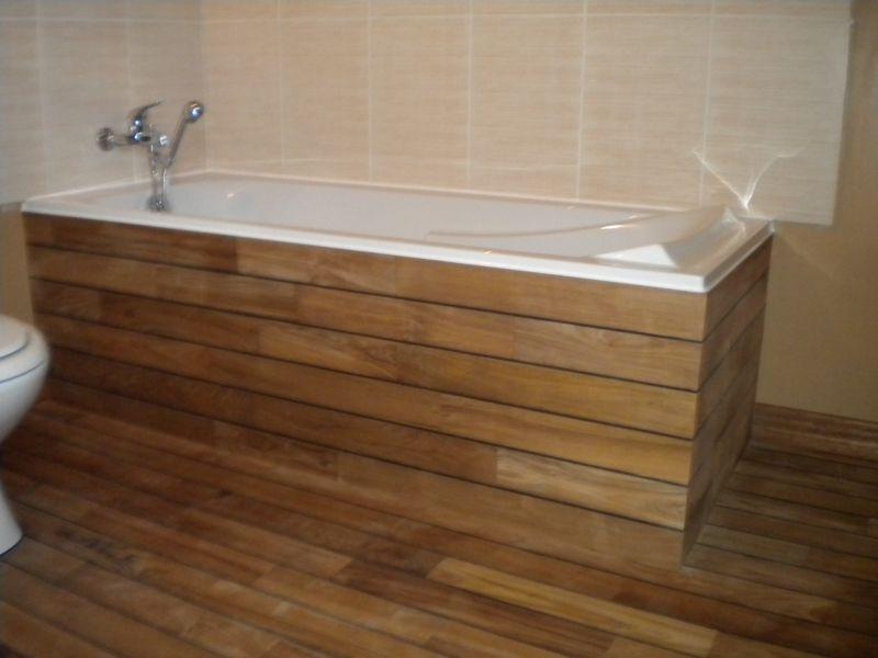 Plancher Flottant Salle De Bain 7 Tablier Baignoire 224 Carreler Tablier Baignoire Leroy Merlin Bathroom Bathtub Wood Bathtub
