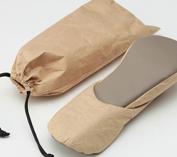 cce50140938d SIWA Paper Bag   Slippers