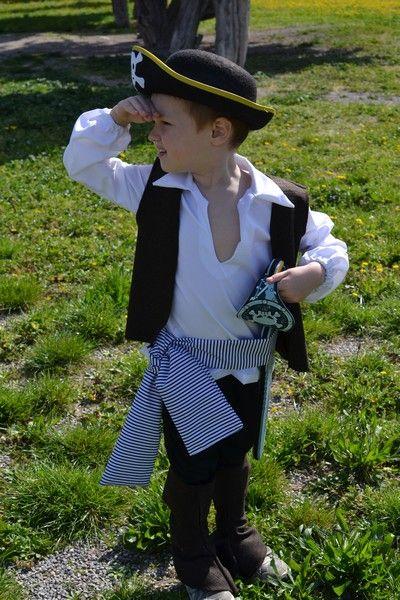 "Costume Jack Sparrow ""Princesses, Pirates et Cie"""