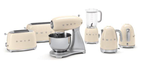 SMEG Launches Stylish Small Appliances | Retro, 50er und Designs