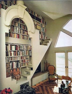 Add a second level/reading nook across from the stairs. Complete with fluffy cushions and blankets @Cindy Wright  Mom. Look at this.