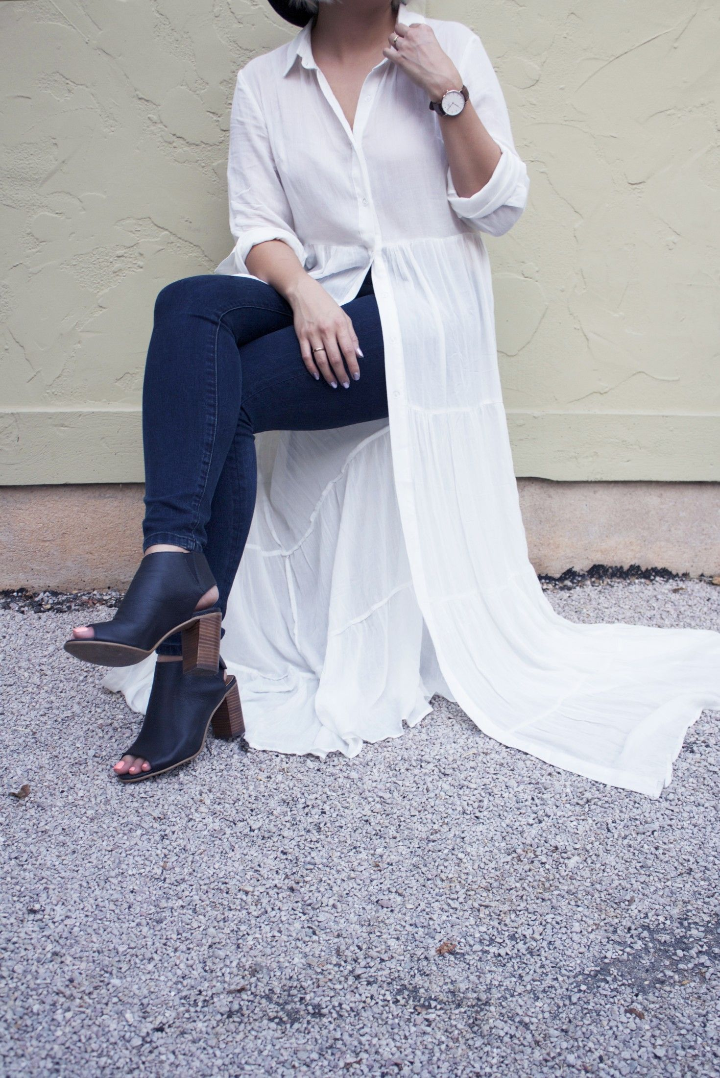 A light long sleeve maxi dress is perfect for a hot summer or fall