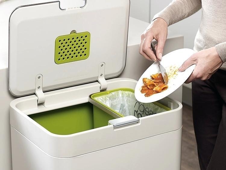 Einbau Mülleimer Kreativ Haus Design Tipps Abfallbehälter Verstecken  Innenraum Stilvoll Weiß Grün Auskippen #kitchen