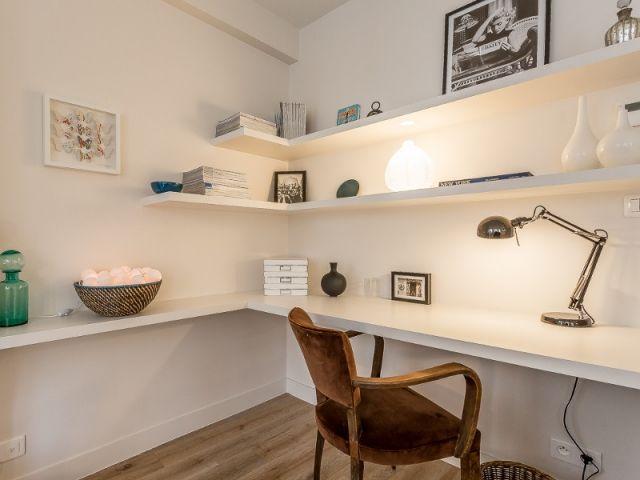 Un appartement parisien de 35 m2 se réinvente en subtilité bureau