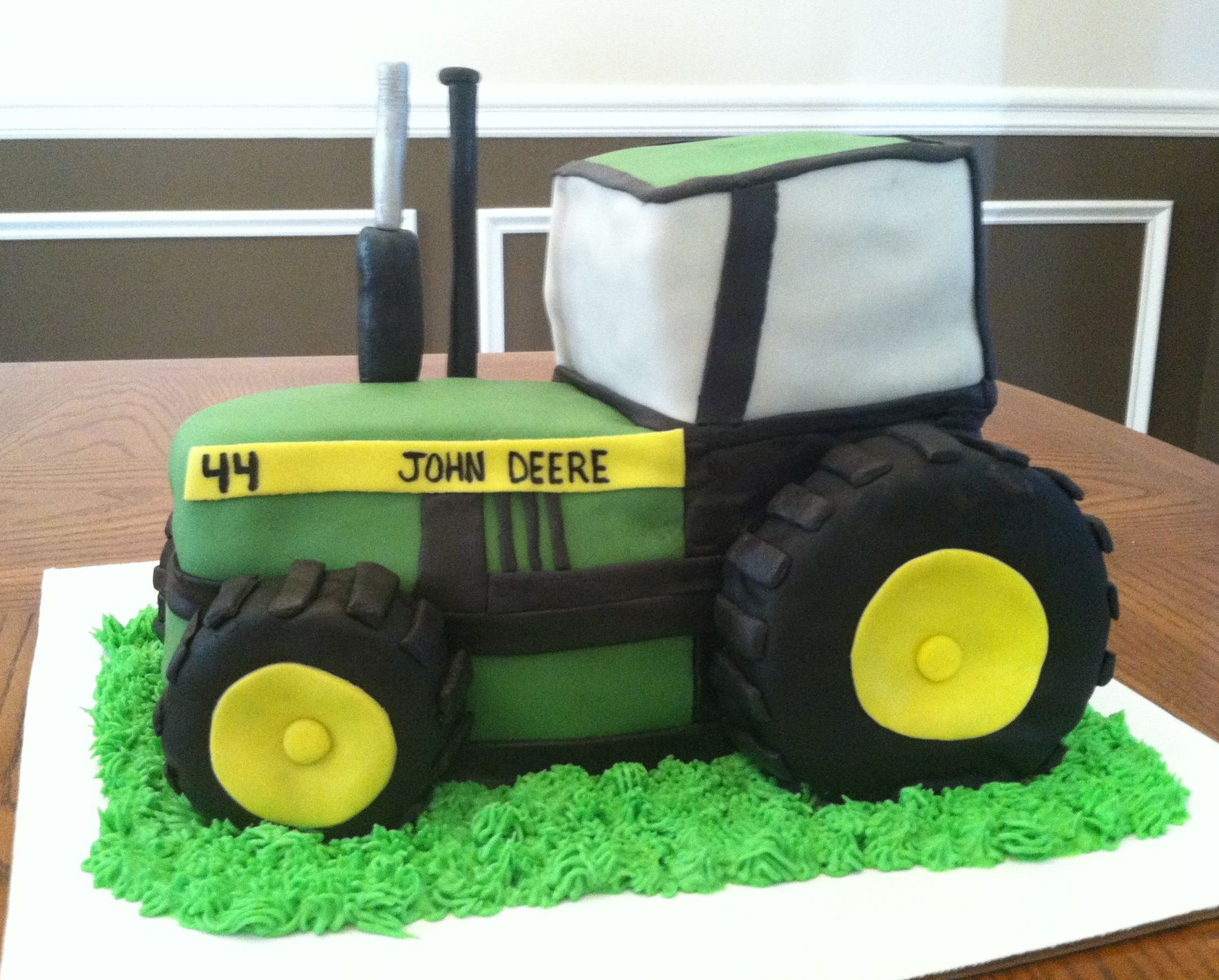 John Deere tractor cake Creations by Bethany me Pinterest