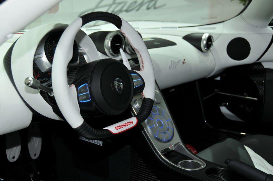 Spaceship like interior! Perfection! #Koenigsegg