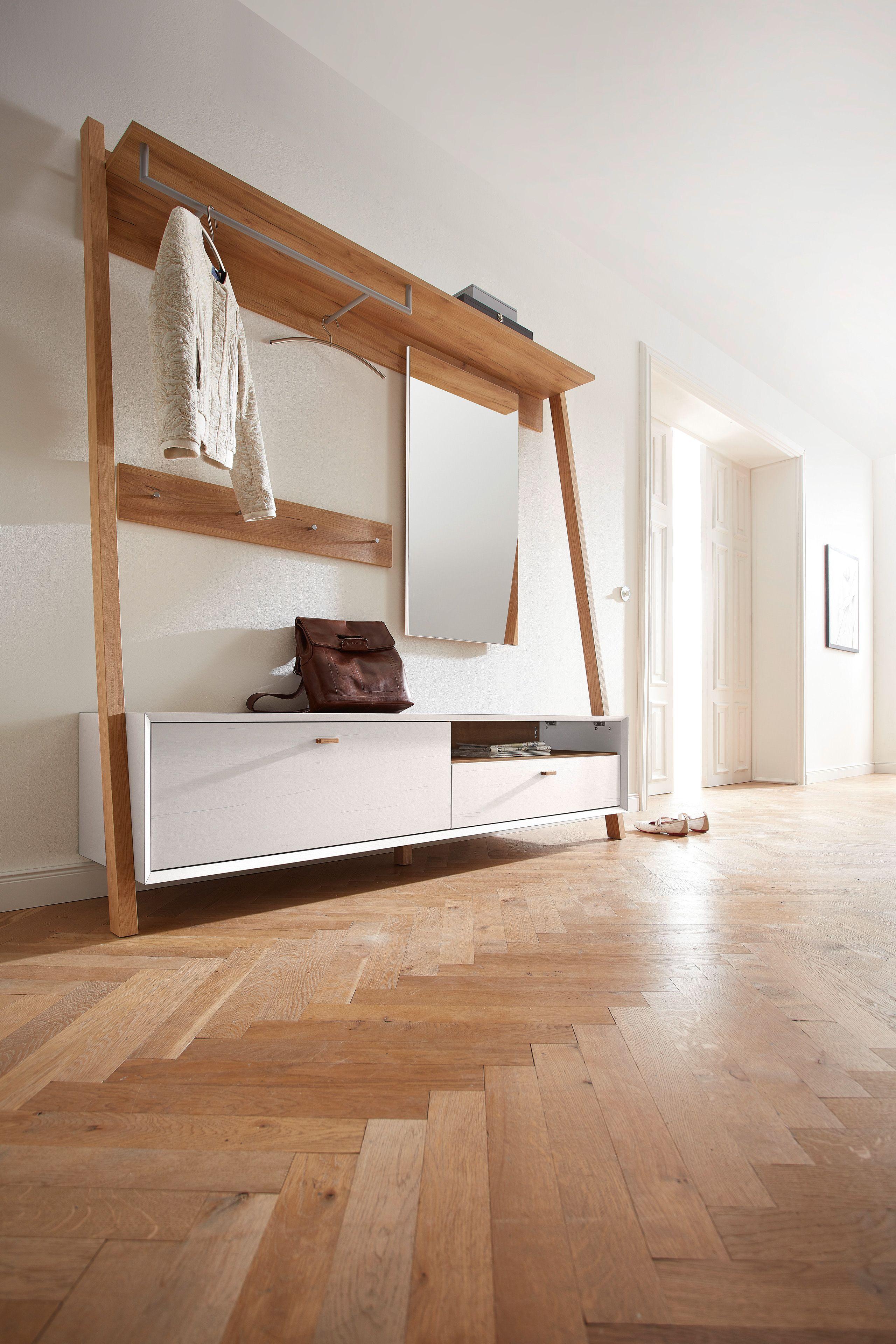 garderobe calvi mit nordischer schlichtheit berzeugt dieser flur im skandinavischen design. Black Bedroom Furniture Sets. Home Design Ideas