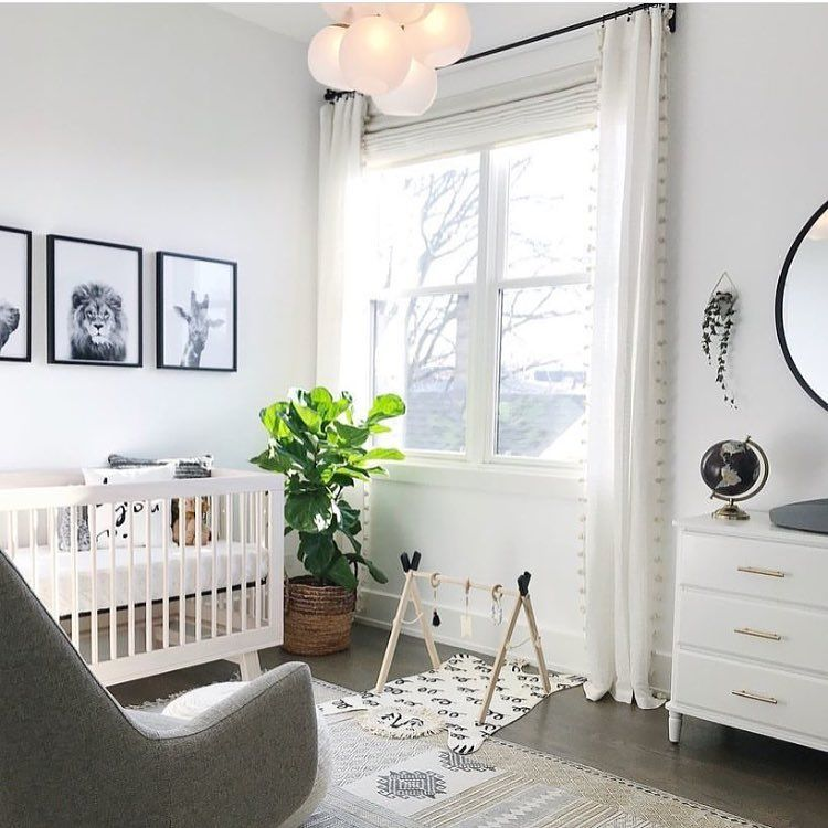 Nursery You Spend A Lot Of Time In Your Baby S Room So Try To Make It A Calm Stylish Space You Want To B Idee Chambre Bebe Chambre Bebe