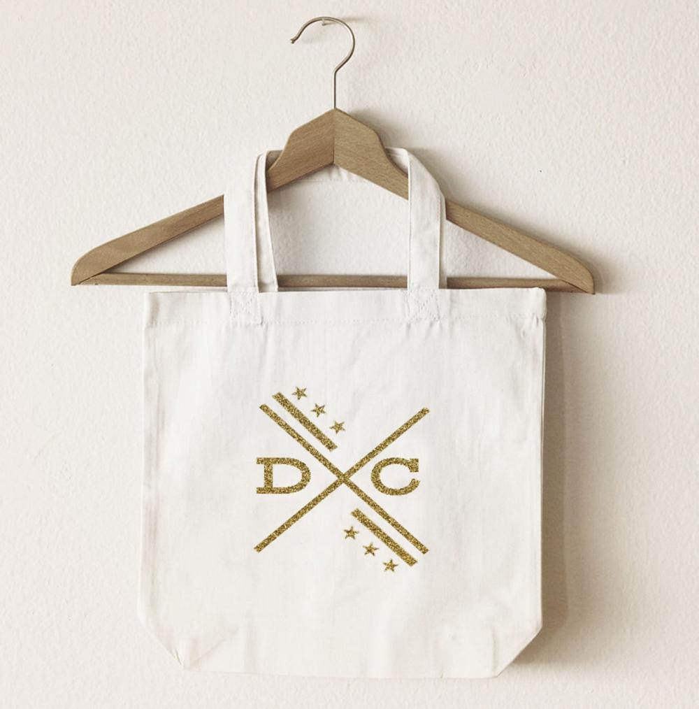 Washington Dc Flag Tote Bag Gold Glitter Washington Dc Logo Etsy In 2020 Tote Bag Canvas Shopping Bag Girls Tote