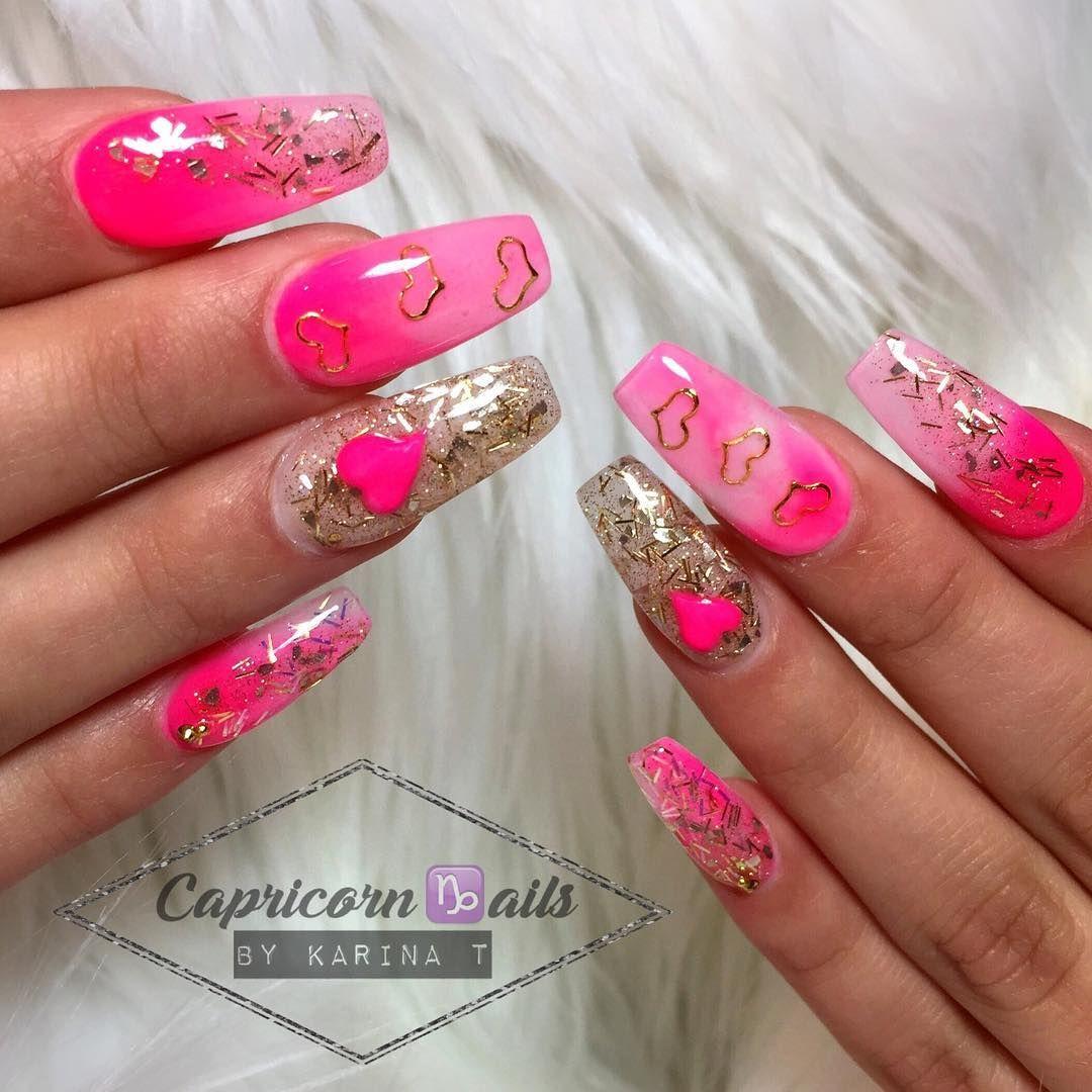 Valentines 💖♑ 💅🏻#valentines #love #pink #hotpink #glamour #glam ...