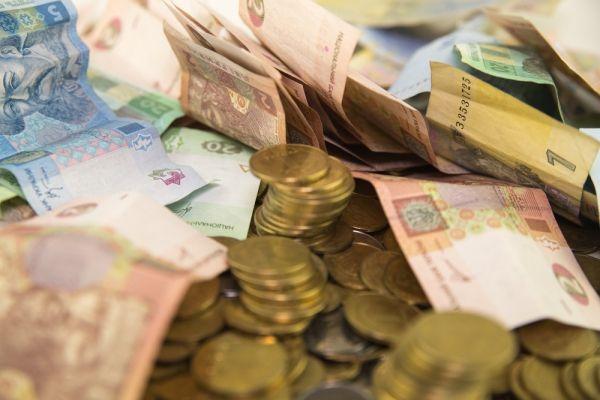 Moody's: Украина может объявить дефолт в сентябре.             Риск введения Украиной моратория на выплаты по внешним долгам сохраняется,несмотря на выплату процентного дохода